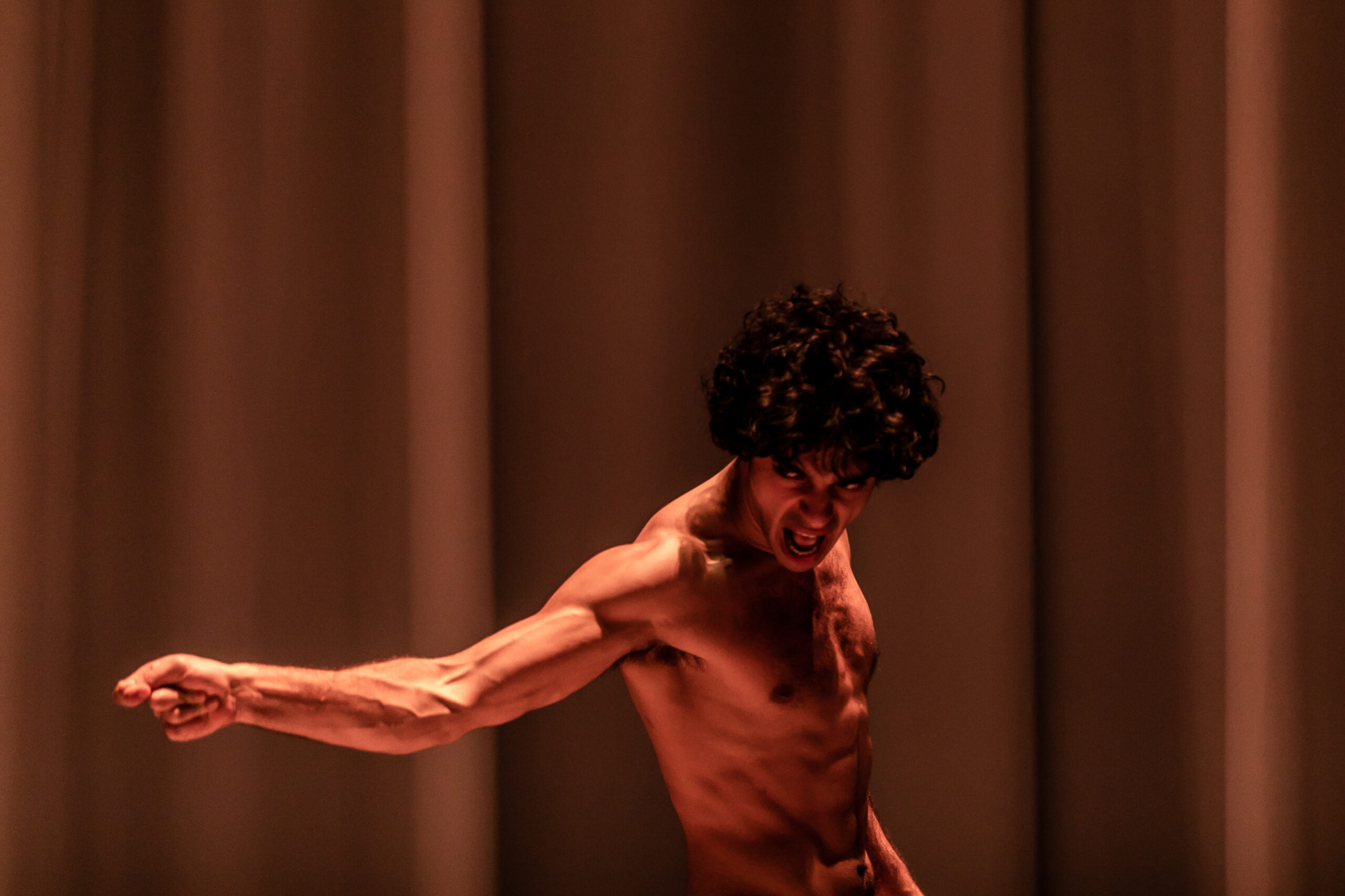 REVIEW: Equus, Theatre Royal Stratford East (2019)
