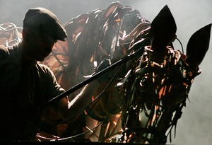 Read more about the article REVIEW: War Horse, Olivier Theatre (2007)