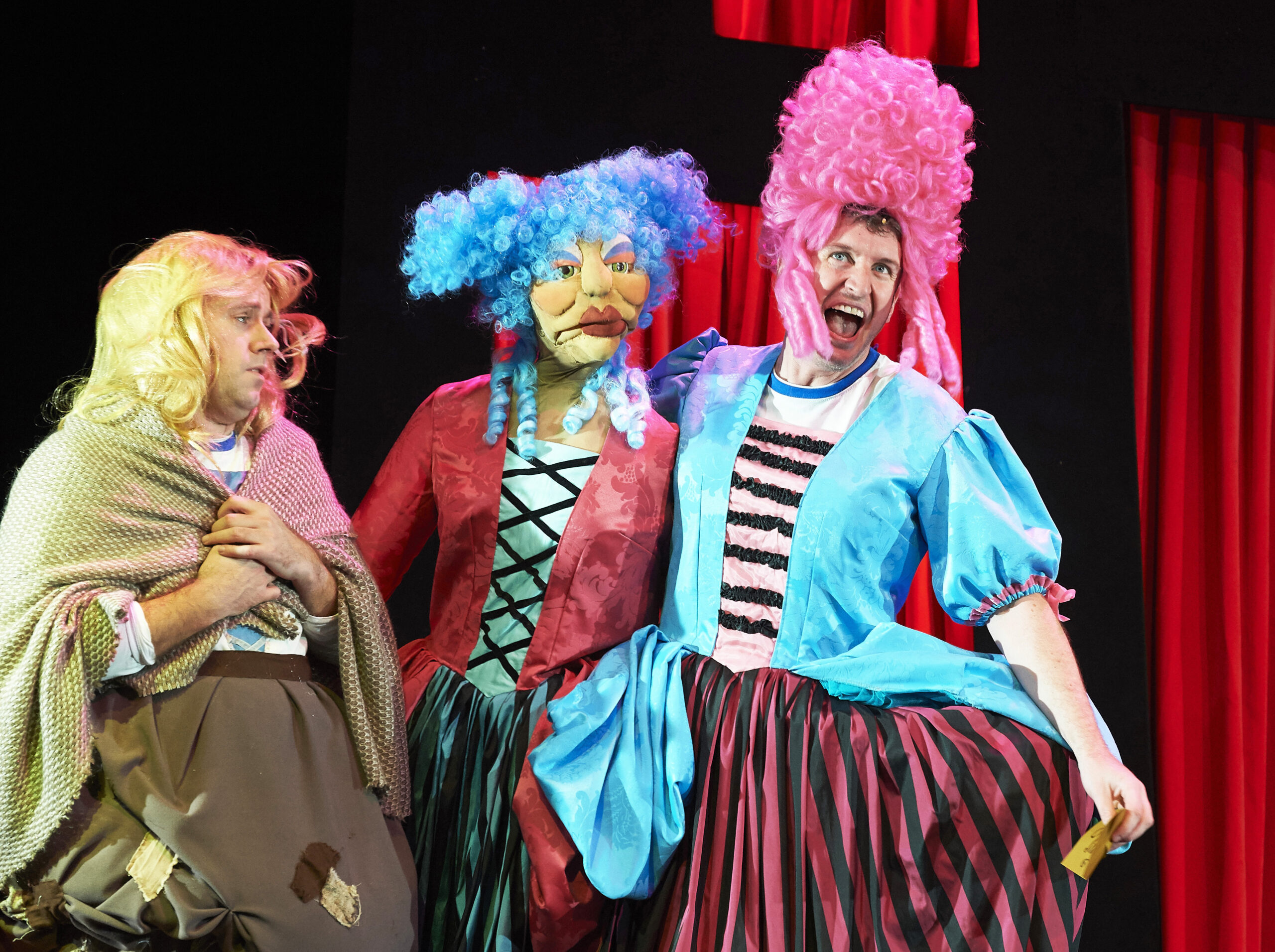 REVIEW: Potted Panto, The Garrick