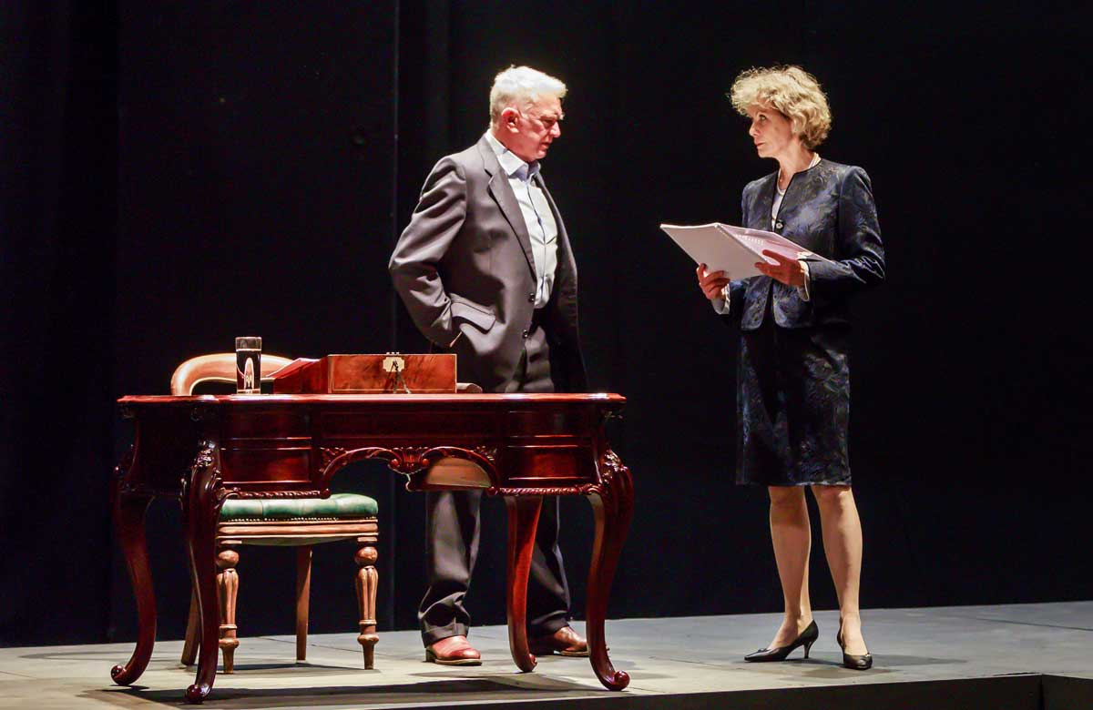 Read more about the article REVIEW: Love Letters, Theatre Royal Haymarket (2020) back 19th May