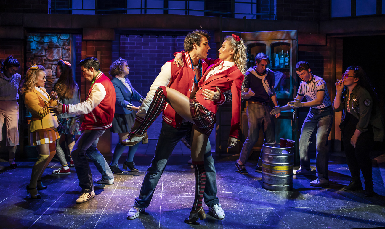 Read more about the article NEWS: HEATHERS the Musical is back. New Cast will include Christina Bennington, Jordan Luke Gage, Jodie Steele