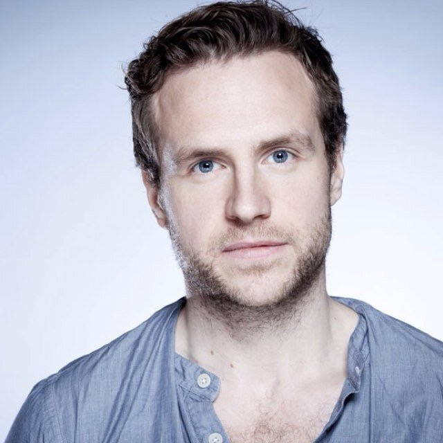 Read more about the article NEWS: Rafe Spall to play Atticus Finch in To Kill A Mocking Bird, Gielgud Theatre, March 2022