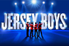 Read more about the article REVIEW: Jersey Boys returns to the new Trafalgar Theatre, July 2021
