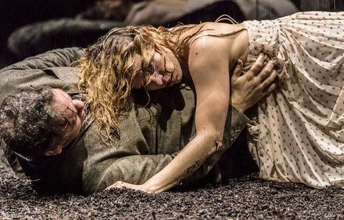 REVIEW: Yerma with Billie Piper at the Young Vic (2017) NT Live Screening now