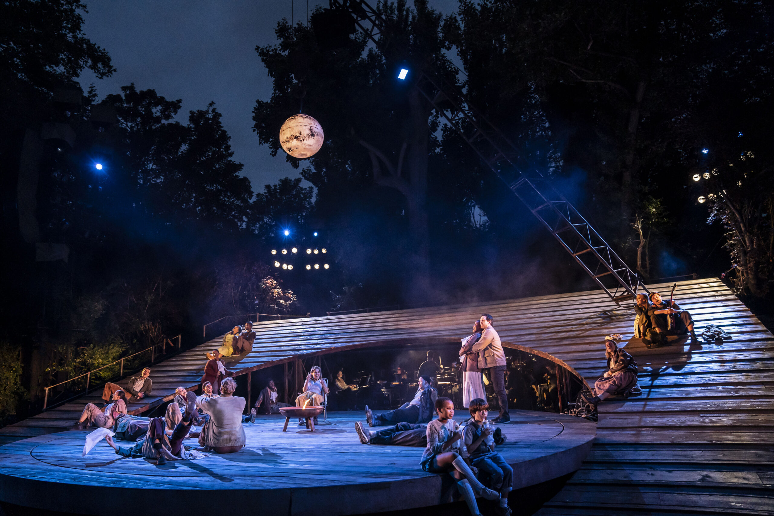 Read more about the article REVIEW: Carousel, Open Air Theatre Regent's Park (2021)